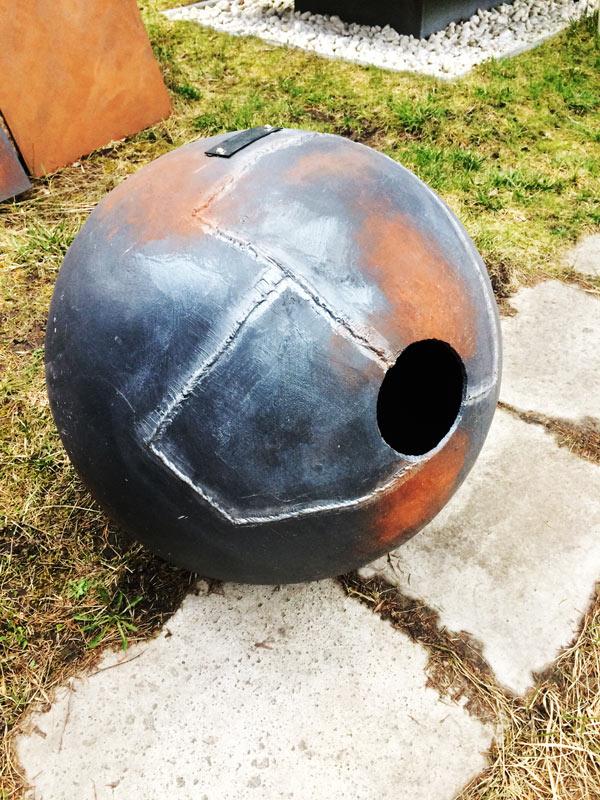 Kula betonowa efekt stali spawanej