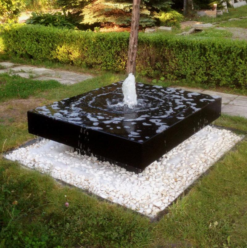 Fontanna betonowa