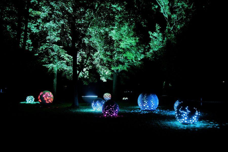 kule swietlne park w Radzyminie